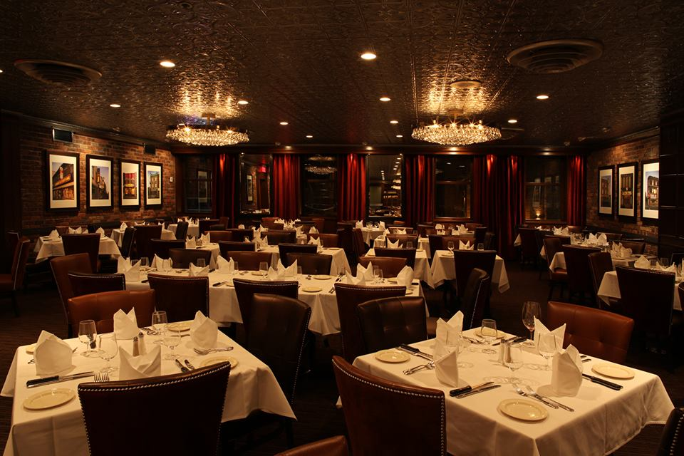 moishes-steakhouse-insitution-montreal-6