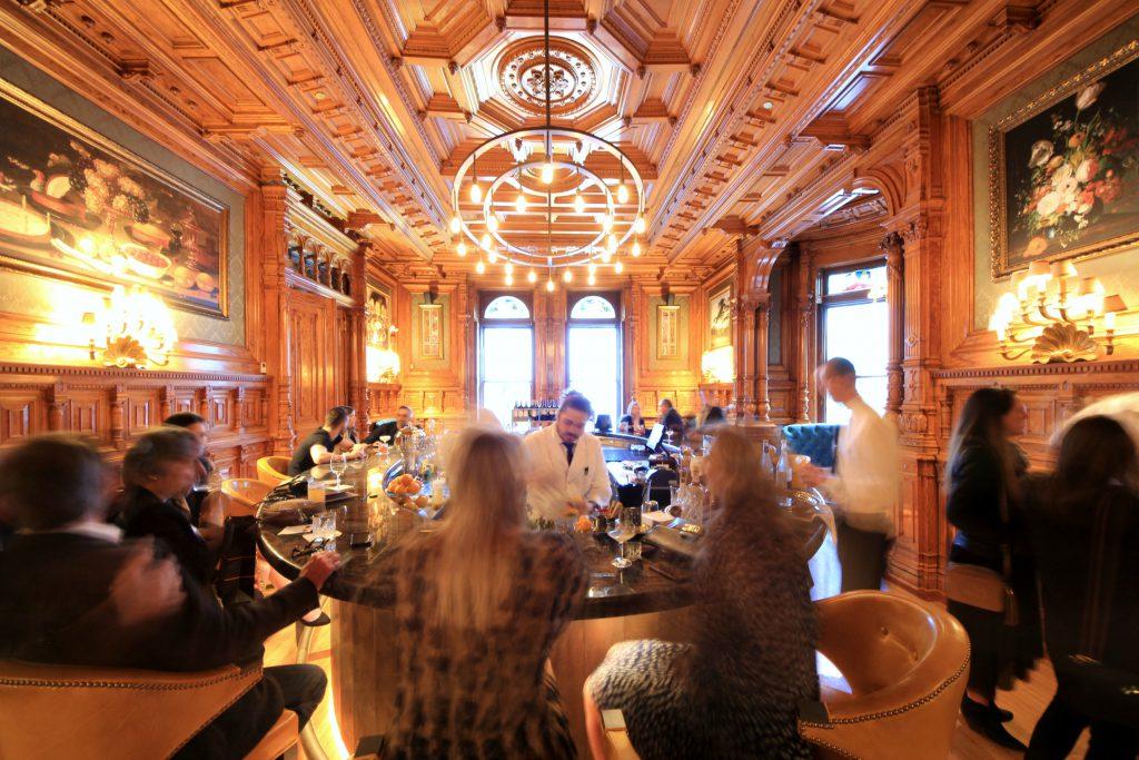 bar George centre ville Montréal chic hôtel restaurant Drummond