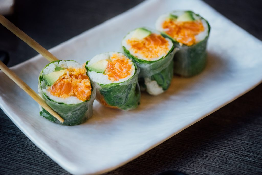 Restaurants sushis / cru ouverts pour take-out