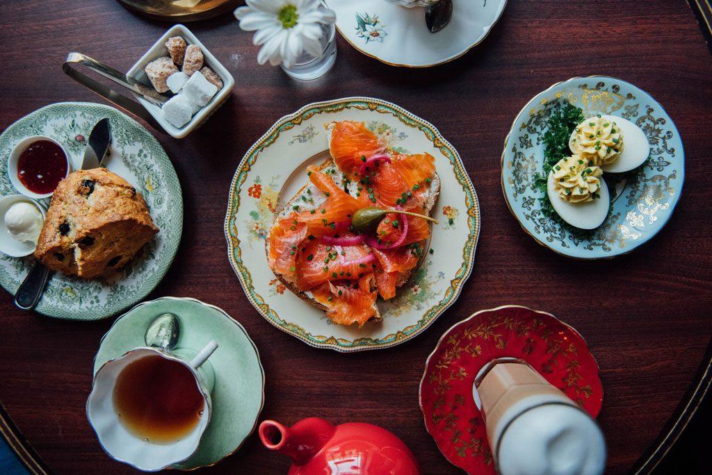 Salon de the cardinal tearoom mile end montreal