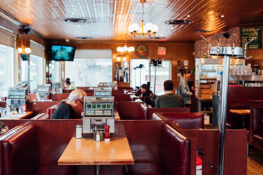 Greenspot restaurant-casse-croûte-Saint-henri-Notre-Dame-Montreal