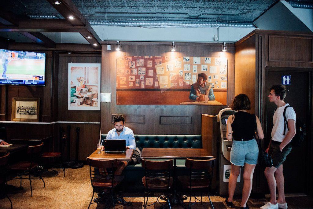Italian café italien olimpico mile end saint Viateur montreal