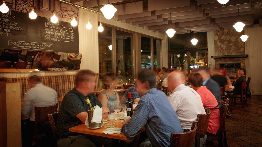 Quartier Général apportez votre vin restaurant montreal