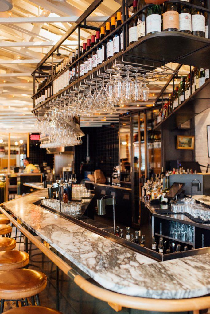 rouge gorge bar à vin wine bar mont royal montreal