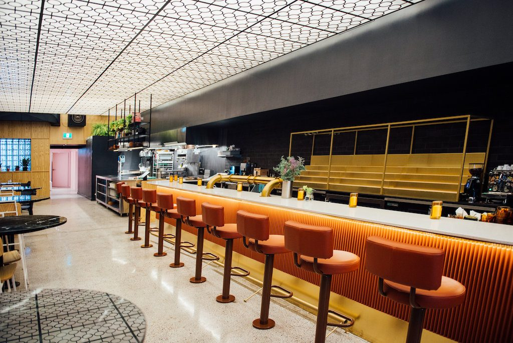 Bar Saint-Denis Rosemont Montreal