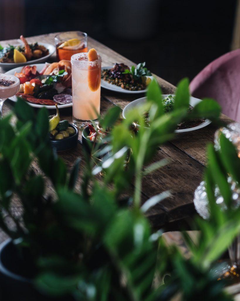 restaurant taza flores tapas montreal