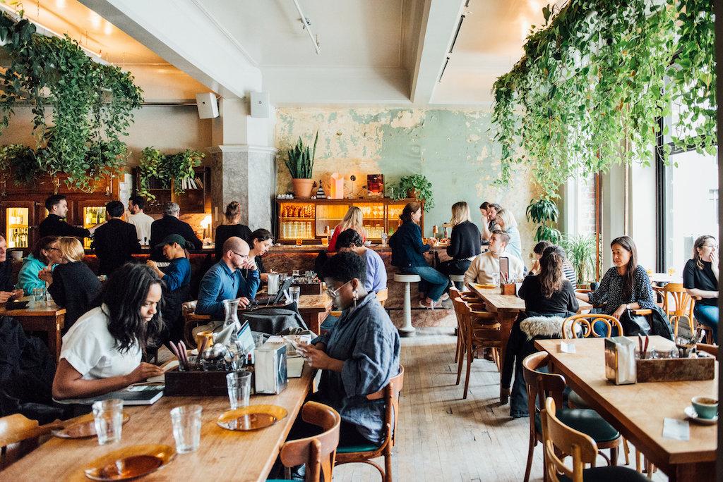 Café Parvis centre ville montreal