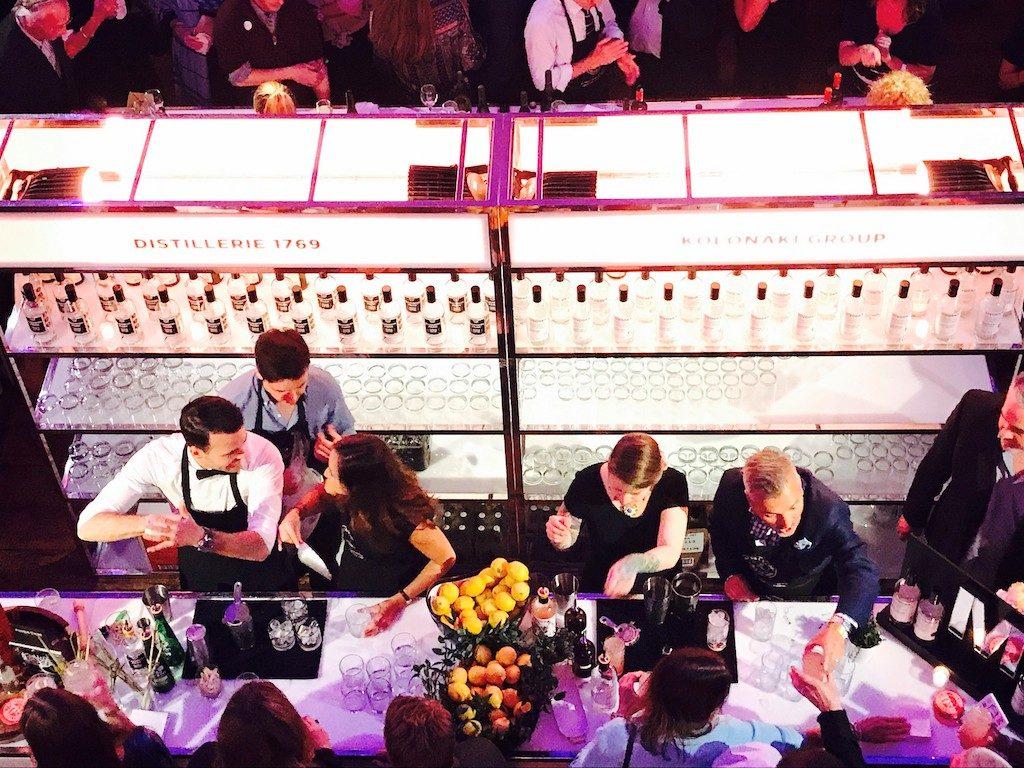 Table de l'Espoir Partageons l'Espoir Grand Quai Montreal