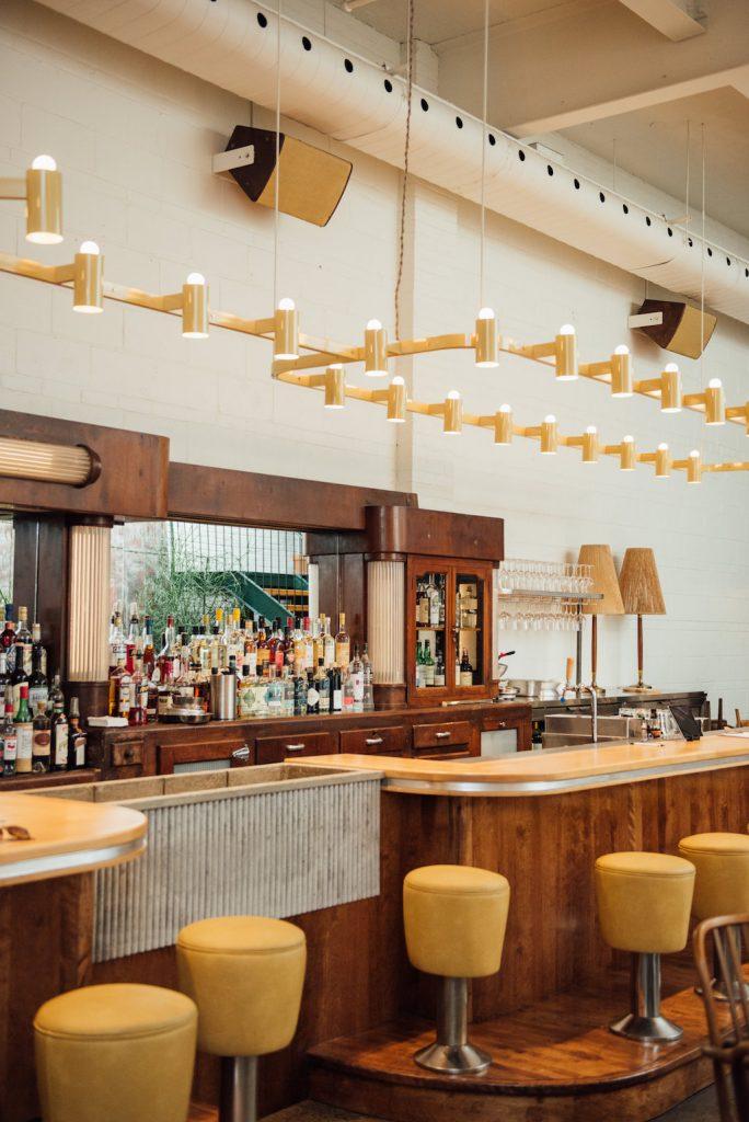 Taverne Atlantic bar Mile Ex