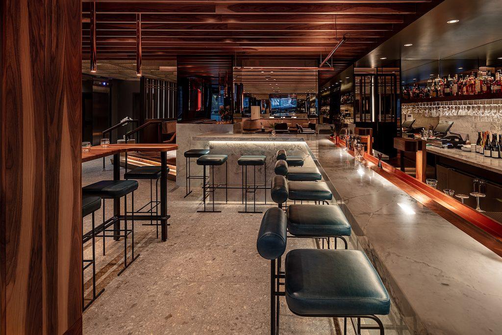 Le Flâneur bar lounge Hôtel Le Germain Montréal