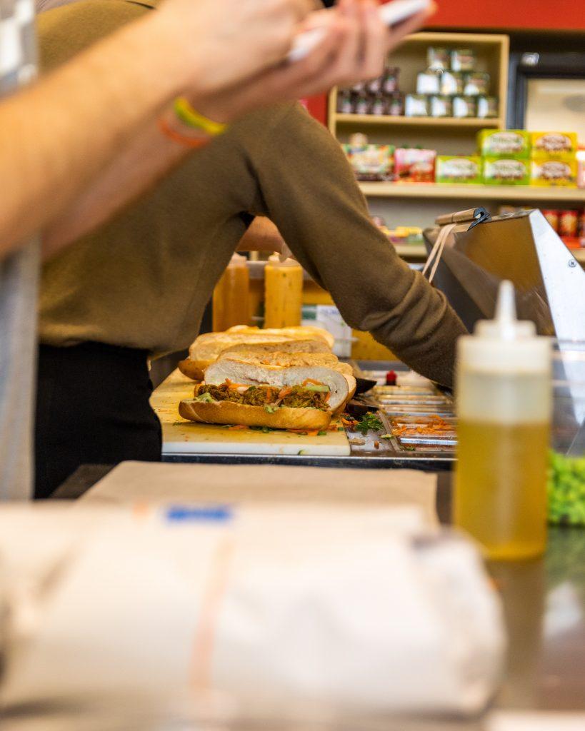 Bánh mì Bánh Yiu mile end