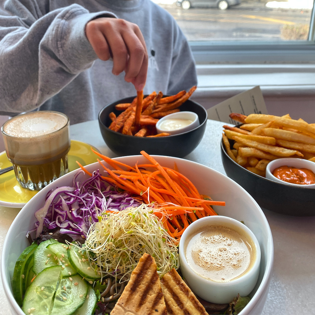MIA Café Club sherbrooke
