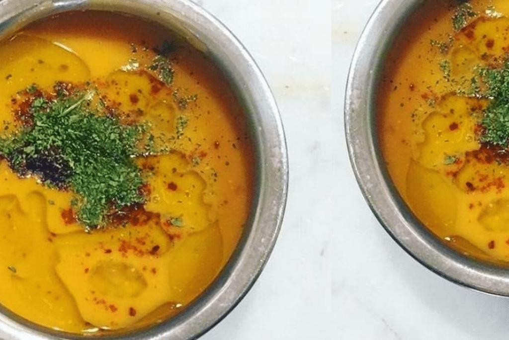 Recette de soupe aux lentilles rouges et beurre épicé